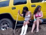 Капать-не капать две девушки водителя